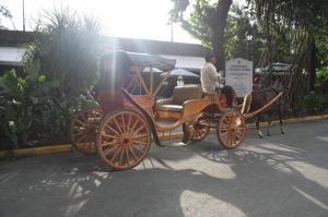 Prompt #10: Shioban dan Kereta Kuda