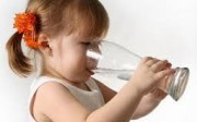 Minum Air yang Cukup dan Aman
