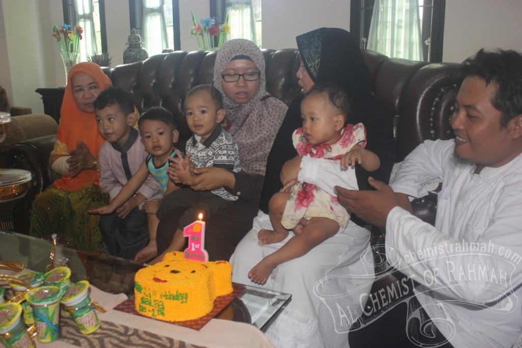 Small Party for my Little Baby, Salfa