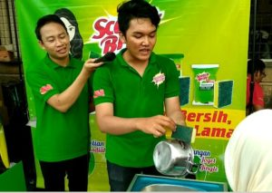 Demo Keunggulan Spons Scotch-Brite